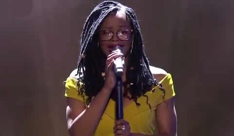 Ntokozo Makhathini performing Fill Me Up By Tasha Cobbs Leonard