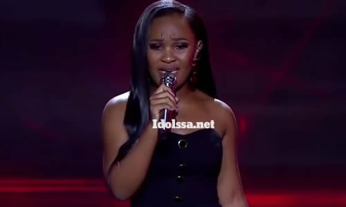 Zama Khumalo performing 'Finally' by Thabsie