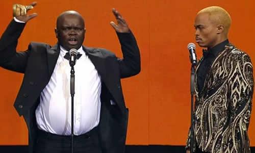 Idols SA Season 12 Wooden Mic Winner, Mbishop Shezi and judge Somizi Mhlongo performing