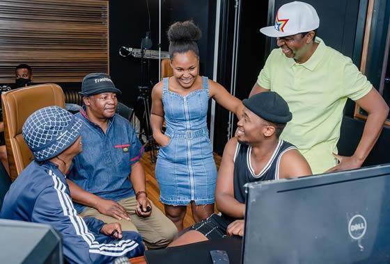 Zama Khumalo recording her debut single 'Ndizobizwa'